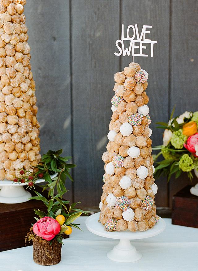 diy-crocuembouche-donut-hole-cake.jpg
