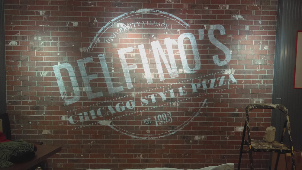 Delfino's Pizza