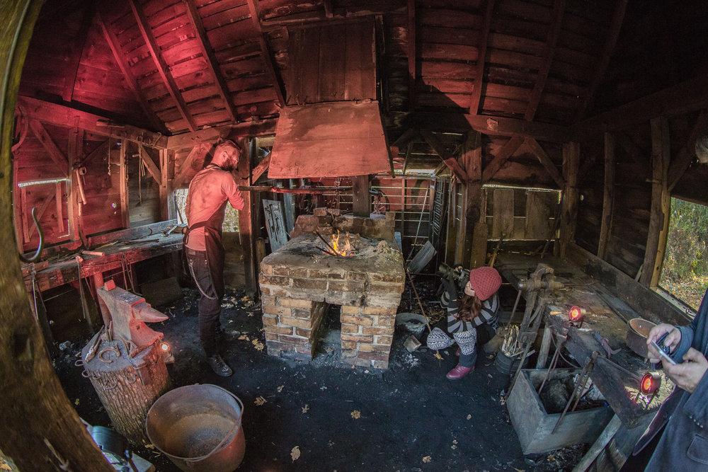 Pioneer-village-Joey-Phoenix-Shoot_0384.jpg
