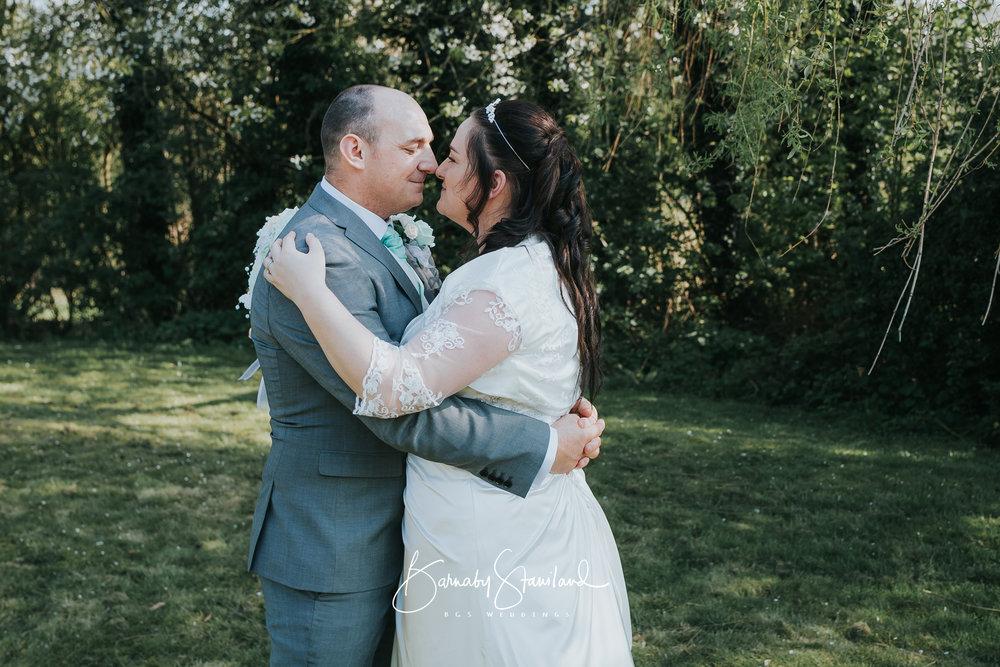 Stamford-Wedding-Photographer-Rutland-1014.jpg