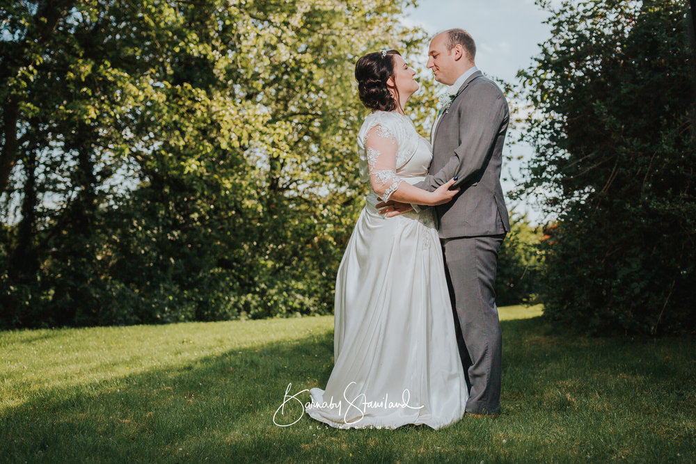 Stamford-Wedding-Photographer-Rutland-1040.jpg
