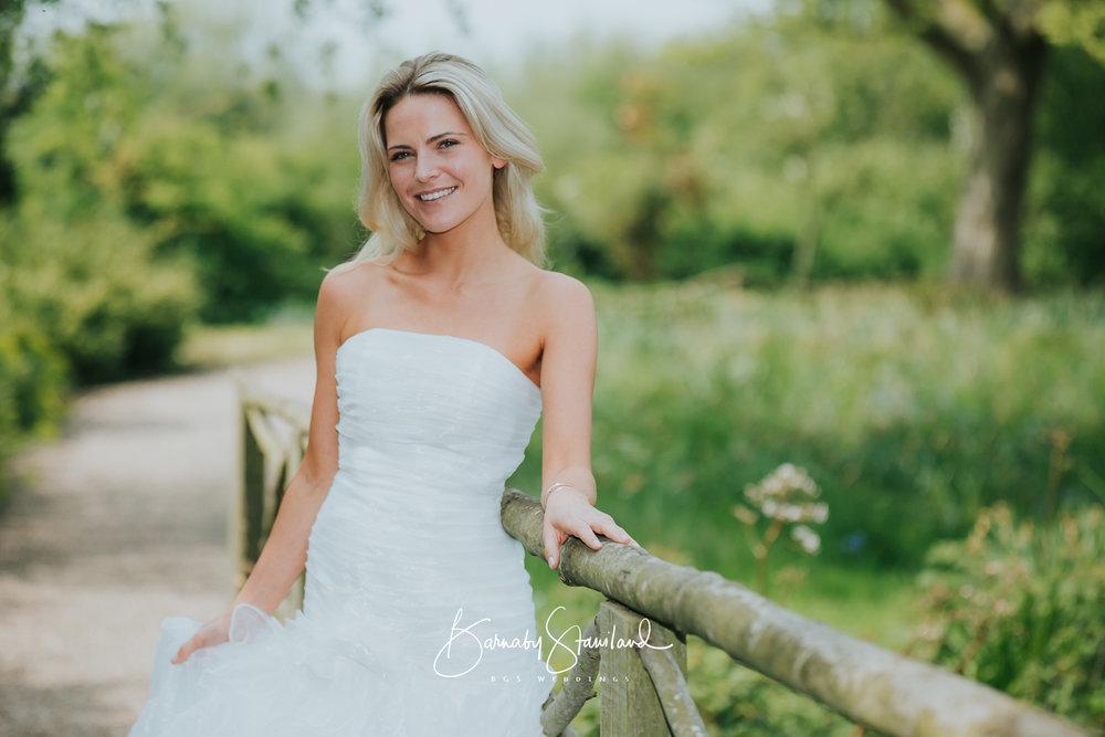 Stamford-Wedding-Photographer-Rutland-1045.jpg