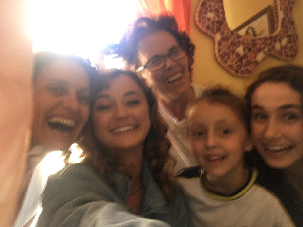 A low-quality selfie with my high-quality Spanish family