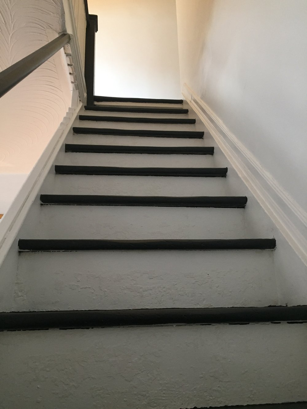 lesley-metcalfe-stairs-after-painted.JPG