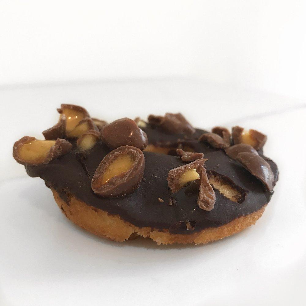 toronto-life-doughnut-festival-2018-dufferin-mall-10tation-catering-2.JPG