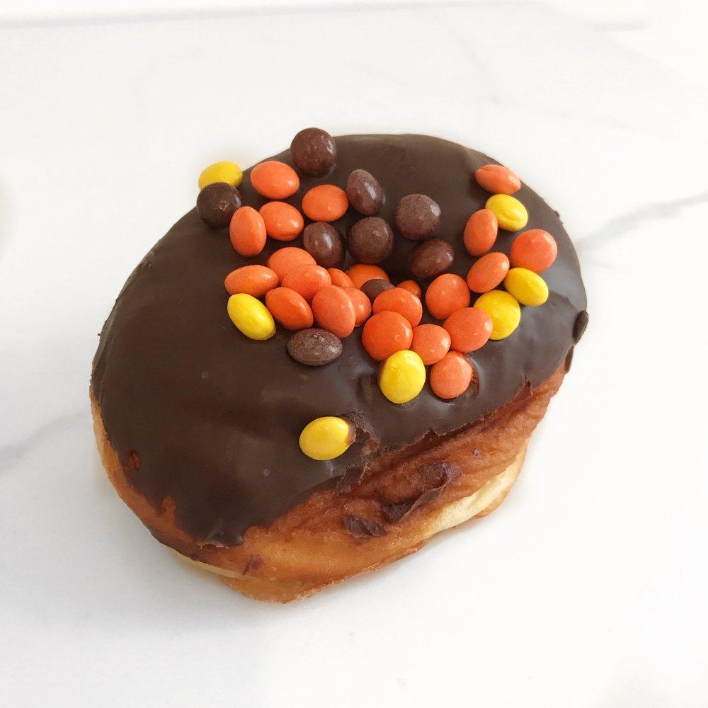 toronto-life-doughnut-festival-2018-dufferin-mall-daddy-o-doughnuts-2.JPG