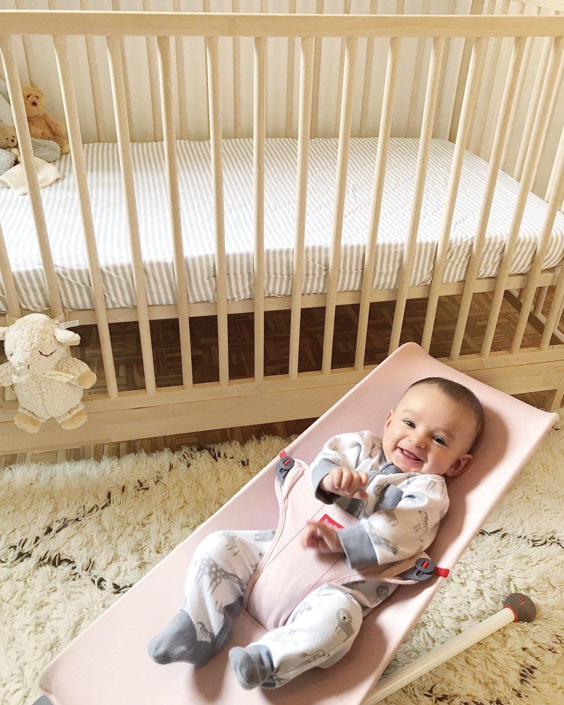 babybjorn-bouncer-mini-light-pink.jpg