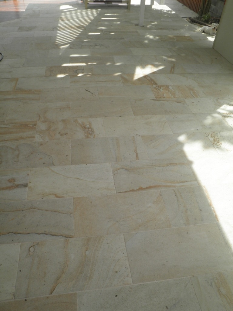 Bella Oro Quartz Stone 60x30 Honed 7.JPG