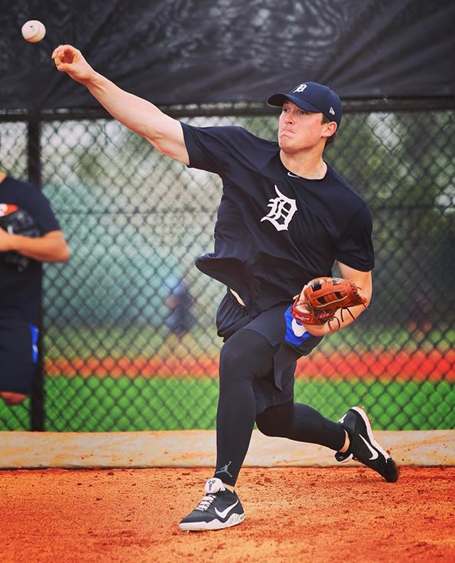 FW Cat alum Beau Burrows getting work done at Spring Training w/ the Detroit Tigers #FWCats