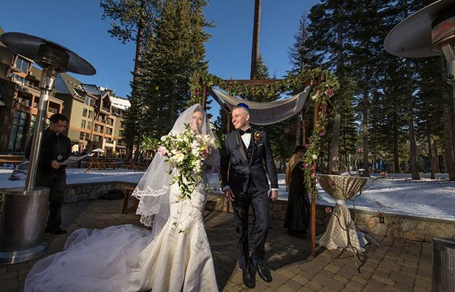 This beautiful winter wedding was featured on @thebigfatjewishwedding today❤👌👏 📸@sashaphotosf  hair @love_is_inthe_hair venue  @ritzcarlton #ritzcarltontahoewedding #tahoebride @themichelleoblea  #chuppah @eventmastersusa #itsrainingcheeseballs