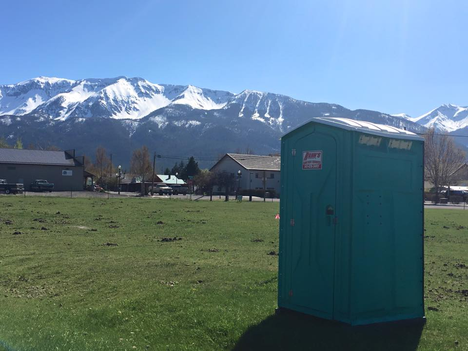 never get tired of delivering toilets with this backdrop - Copy.jpg