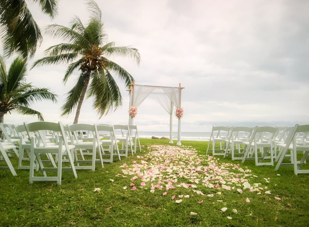 paradise-event-equipment-rentals-decor-for-weddings-in-maui-hawaii 3.jpg