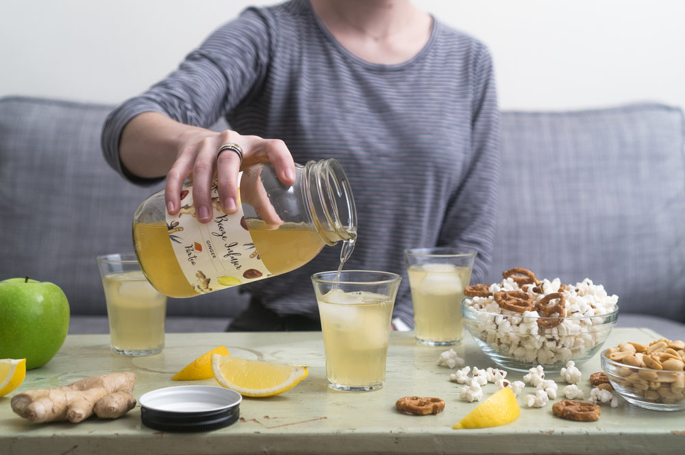Pouring+Ginger.jpg
