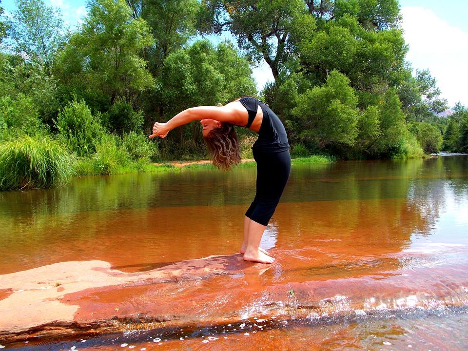 yoga-224643_960_720.jpg