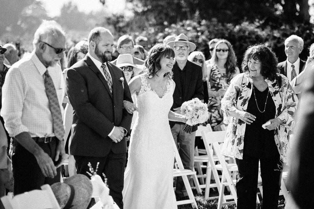9-23-18 Suzanne and Chris Wedding - 00068.jpg
