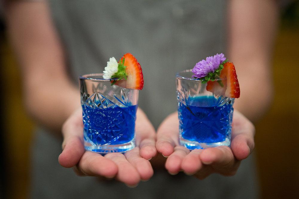 Gathering-Events-Brisbane-bar-tender-cocktail-hire-2.jpg