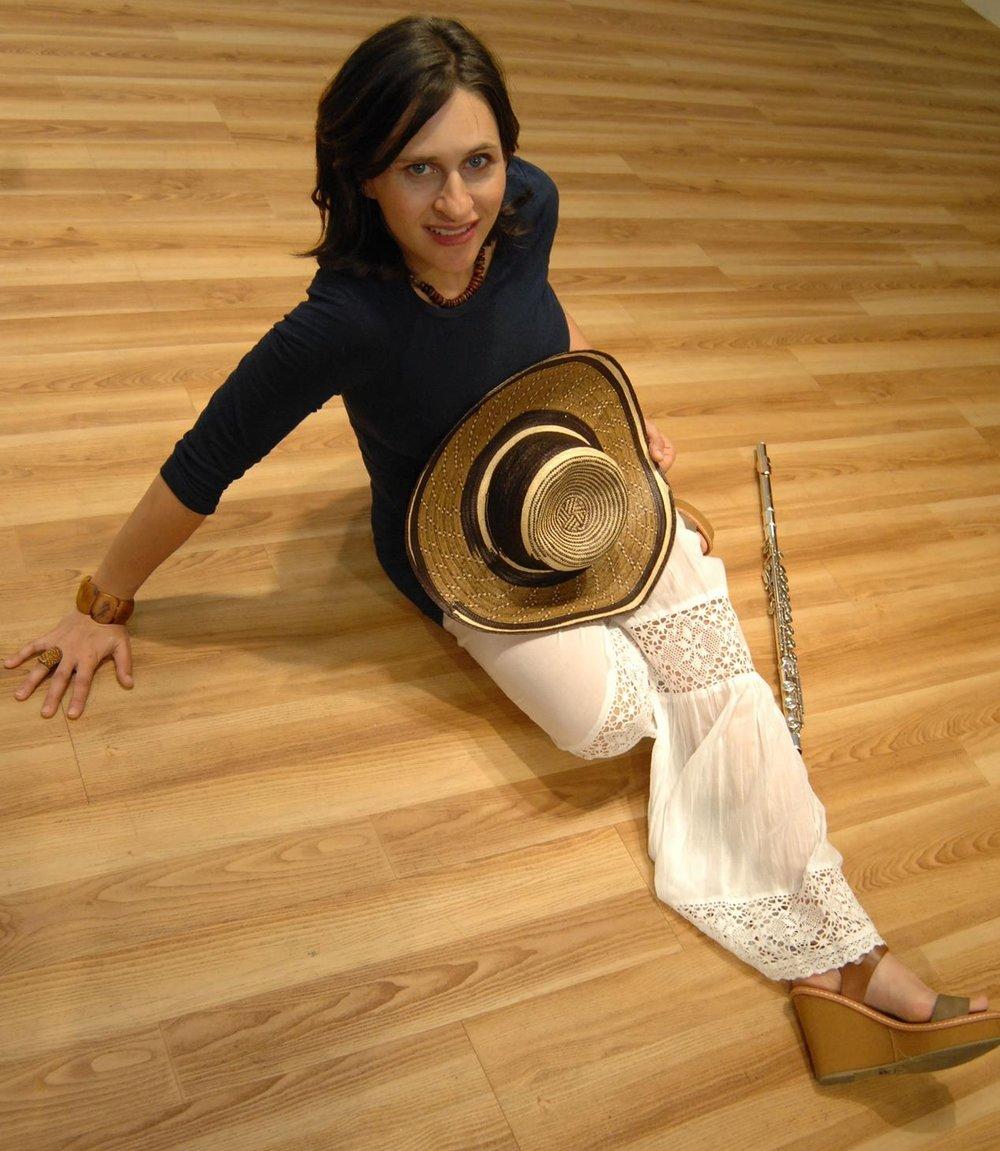 Anna flute colombiana.jpg