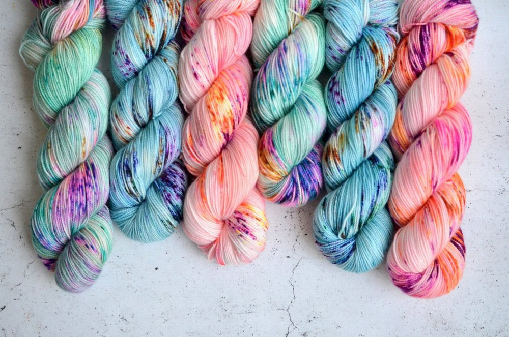 - sock: 80% superwash merino, 20% nylon; 2-ply | 400 yds per 100 g | 7-8 sts per inch on US 1-3 needlesThis 2-ply yarn features a high twist that produces excellent stitch definition for detailed projects, such as those with cables or knit/purl stitch motifs. Super soft merino with just a touch of nylon for strength makes this base a go-to for making socks, but it's also great for light-weight sweaters and shawls.Regularly stocked in the shop