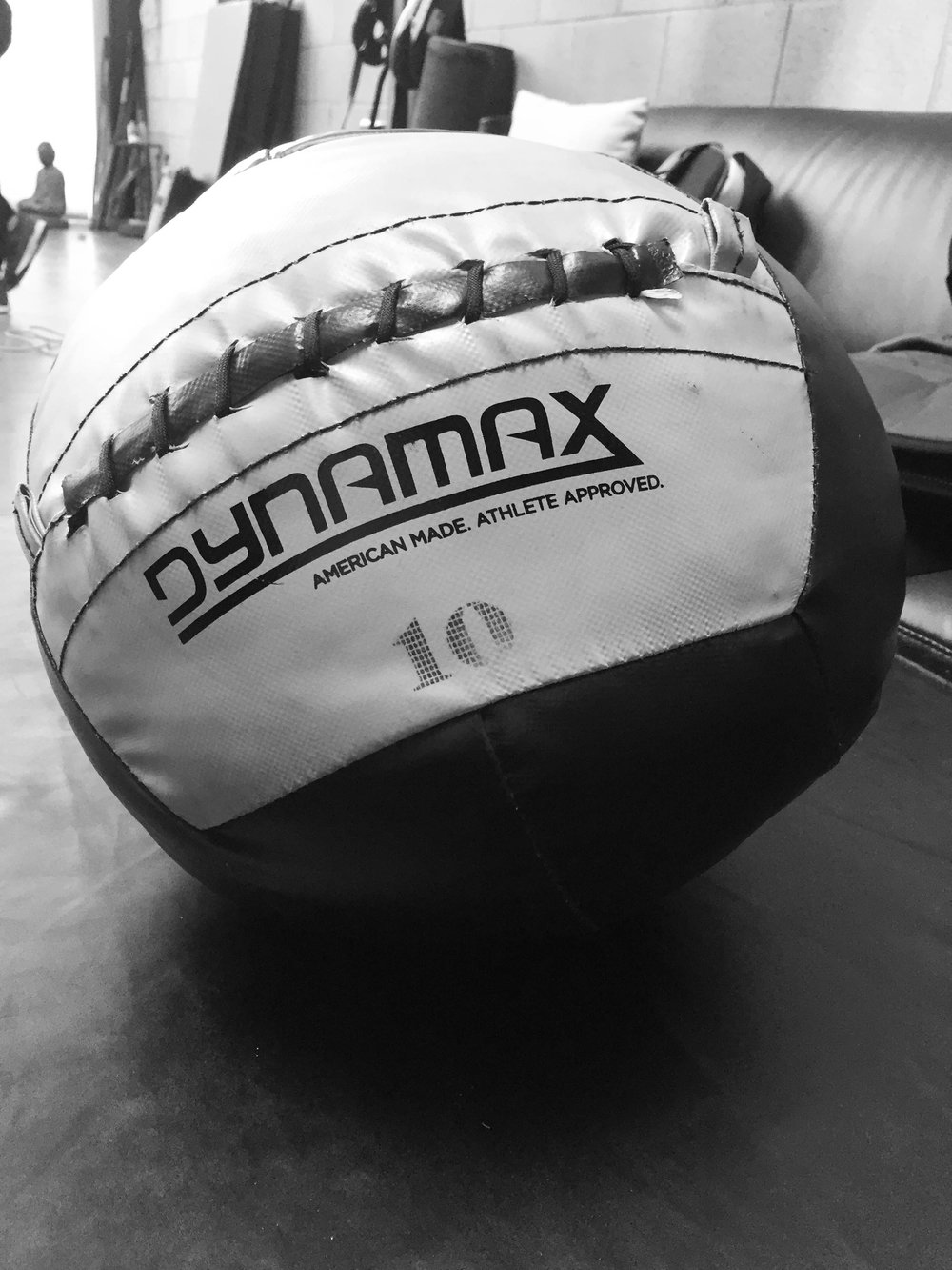 Dynamax Soft-Shell Medecine Ball -  http://amzn.to/2lteJ60
