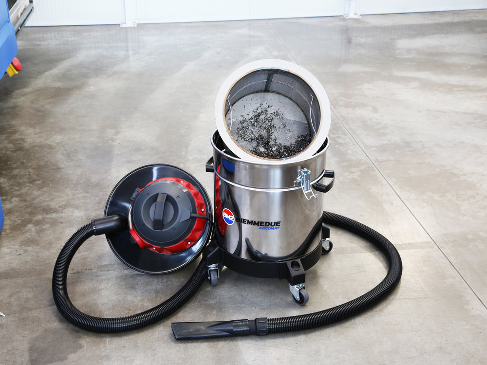 ASPIRALIQUIDI_PROFESSIONALE_PER_SEPARAZIONE_E_RECUPERO_DI_OLIO_EMULSIONATO_E_TRUCIOLI_ASPIRATRUCIOLI_ASPIRA_OLIO_PROFESSIONAL_VACUUM_CLEANER_FOR_PICK_UP_AND_SEPARATION_OF_EMULSIFIED_OIL_AND_CHIPPINGS_8.jpg