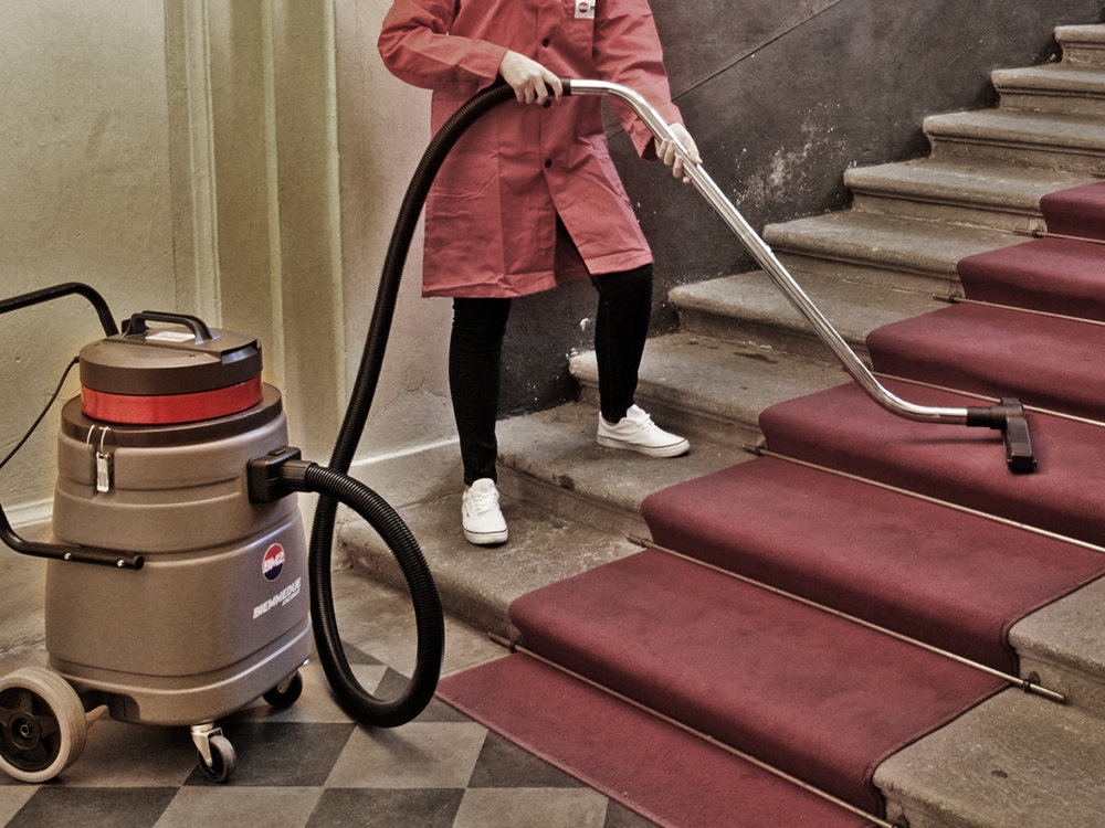 ASPIRAPOLVERE_ASPIRALIQUIDI_A_1_MOTORE_PER_USO_PROFESSIONALE_IN_CASA_O_LAVORO_SINGLE_MOTOR_WET&DRY_VACUUM_CLEANERS_FOR_PROFESSIONAL_USE_AT_HOME_OR_WORK_7.jpg