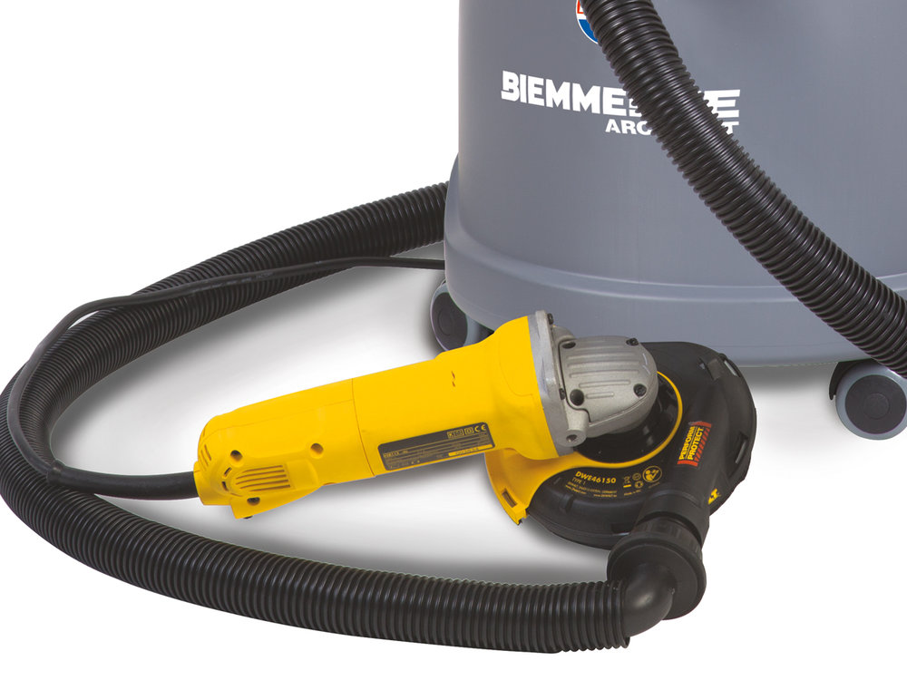 ASPIRAPOLVERE_PER_UTILIZZO_CON_ELETTROUTENSILI_ED_UTENSILI_PNEUMATICI_PER_POLVERI_PERICOLOSE_VACUUM_CLEANERS_FOR_USE_WITH_POWER_AND_PNEUMATIC_TOOLS_FOR_HAZARDOUS_DUST_8.jpg