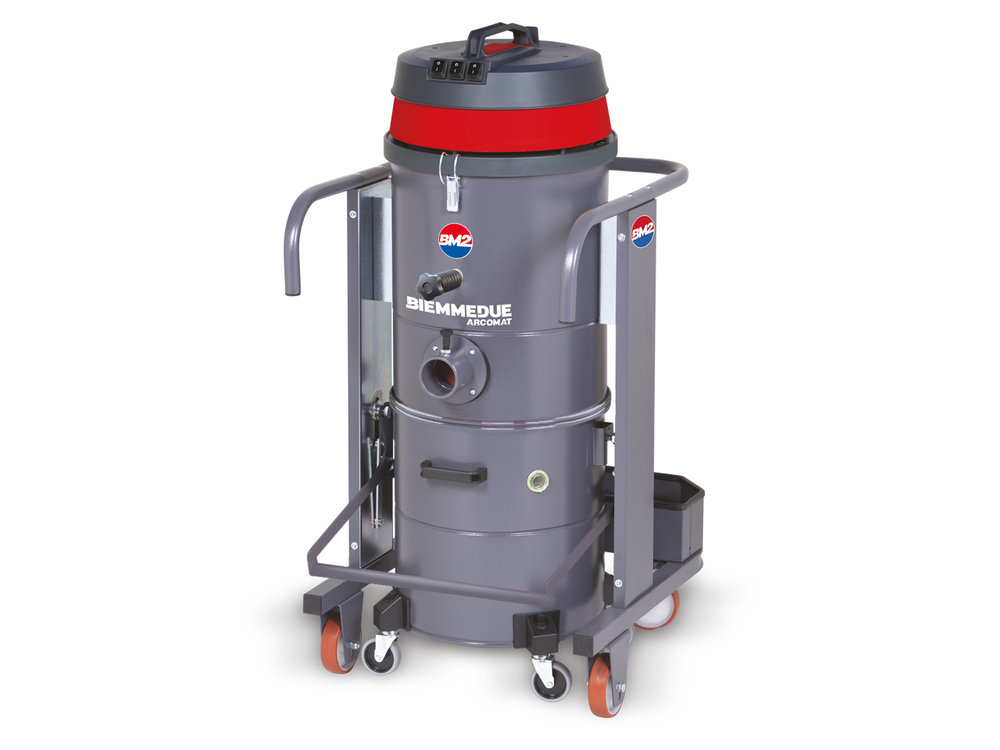 ASPIRAPOLVERE INDUSTRIALE DI ROBUSTA COSTRUZIONE HEAVY DUTY INDUSTRIAL VACUUM CLEANERS 6.jpg