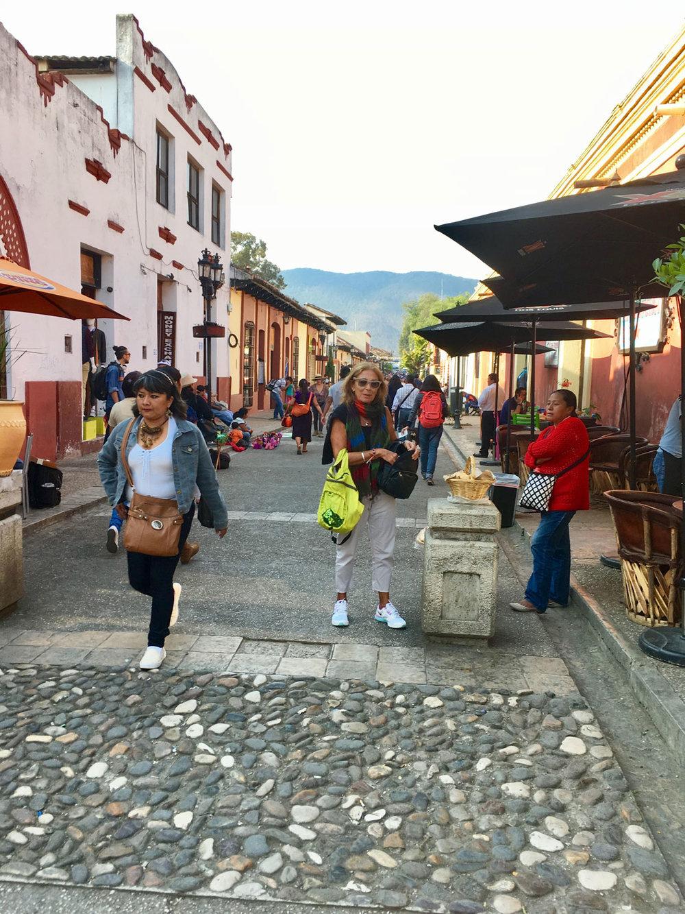 Hammocks_and_Ruins_Town_Villages_Chiapas_San_Cristobal_de_las_Casas_25.jpg