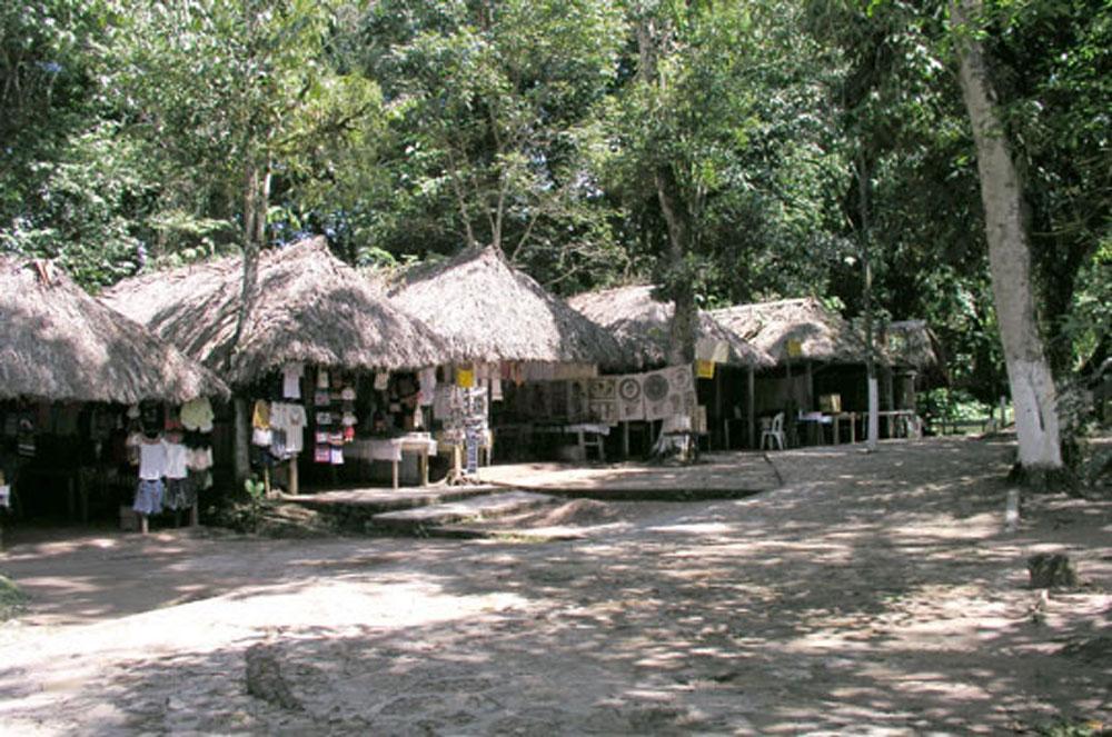 Hammocks_and_Ruins_Town_Villages_Chiapas_Lakes_Rivers_Jungles_Highlands_Agua_Azul_Waterfalls29.jpg