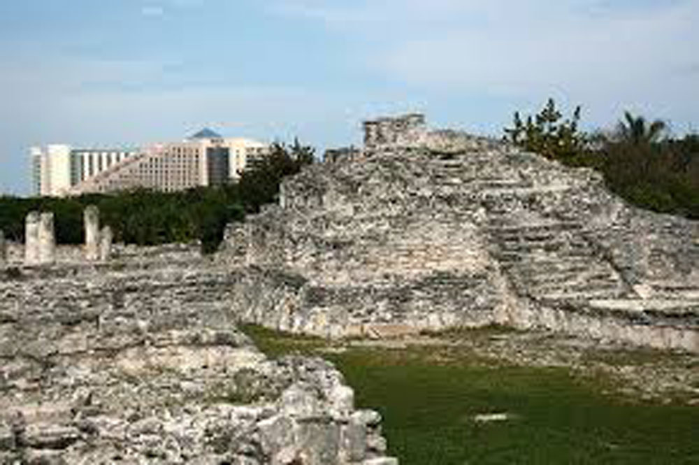Hammocks_and_Ruins_Blog_Riviera_Maya_Mexico_Travel_Discover_Explore_Yucatan_Rio_Lagartos_Day_Trips_Coba_Ruins_El_Rey_4.jpg