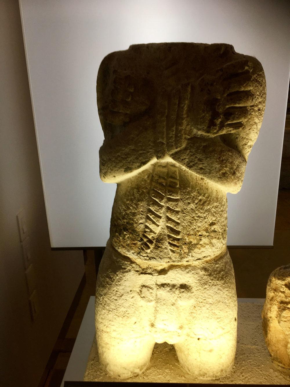The naked figure (600-900 AD). A war captive.