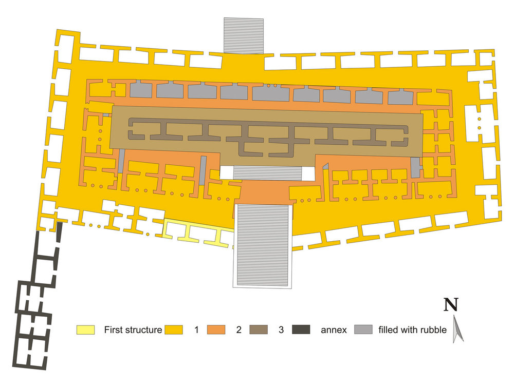 Plan of the Palace. Source:  wikipedia.org .