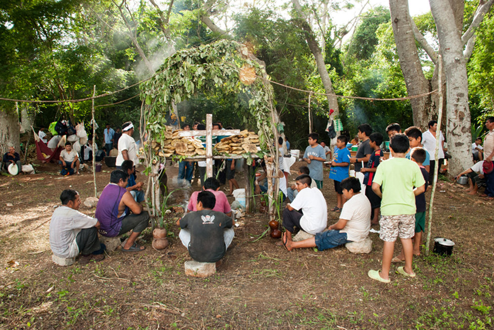 Chá Chaac ceremony in a village. Source:  mayaproject.org.uk .