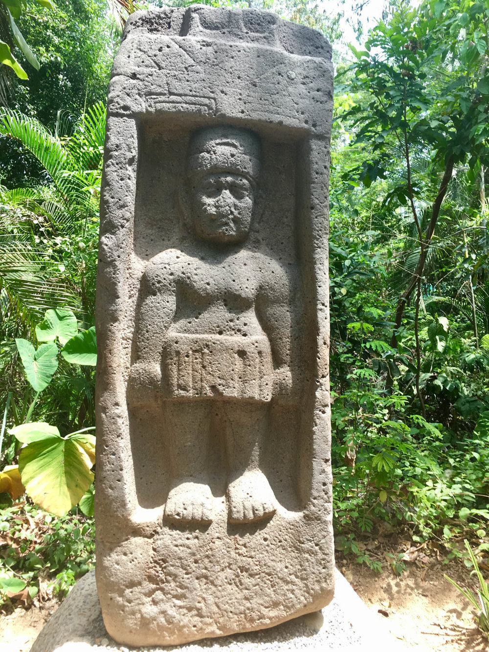 A female Olmec at La Venta. A queen?