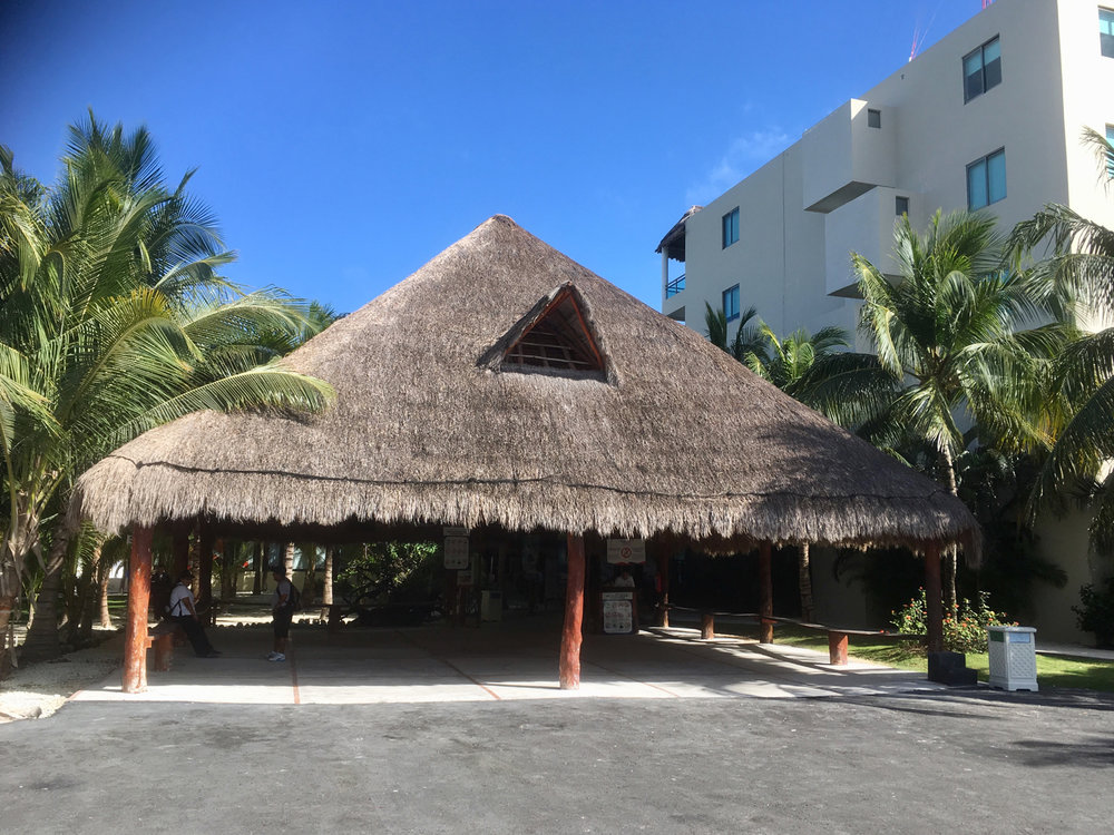 The entrance to the beach club.