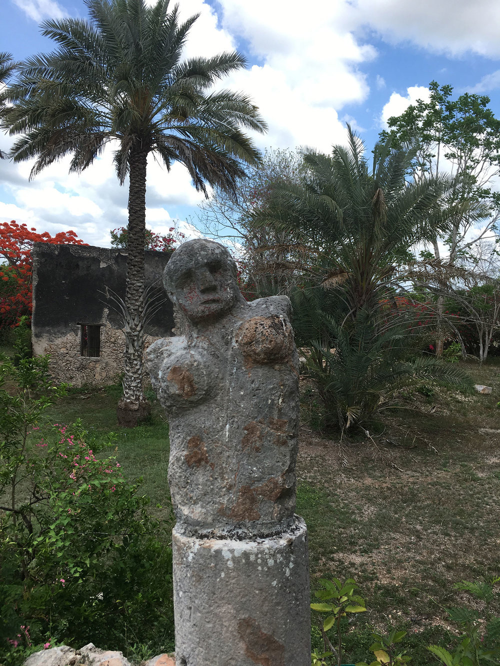 This sculpture looked to me like a guardian of the hacienda.