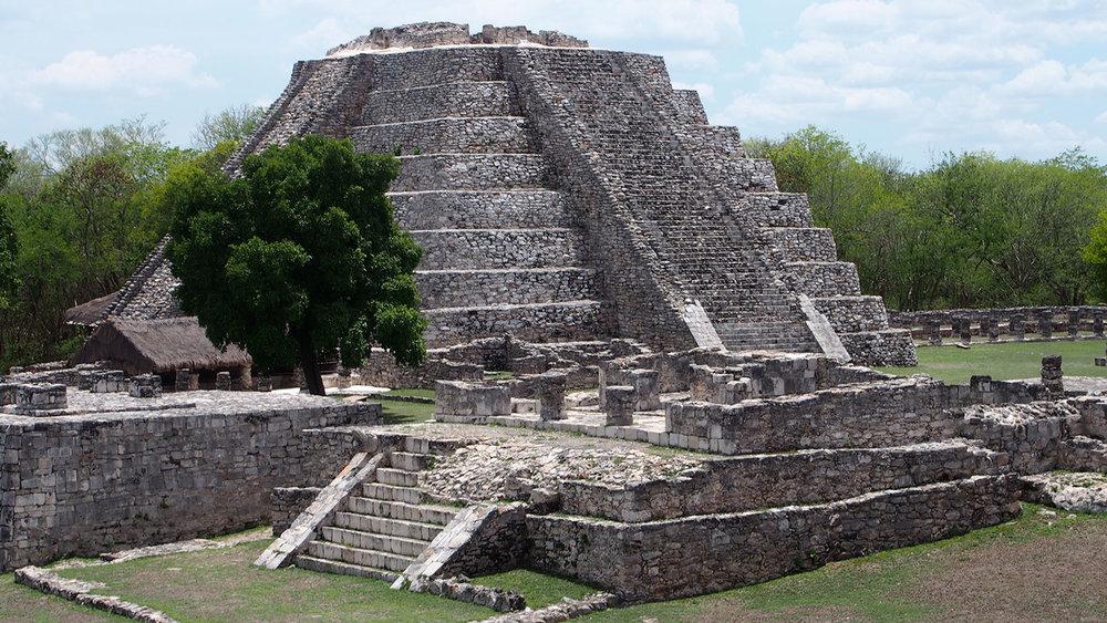 Mayapán ruins nearby.