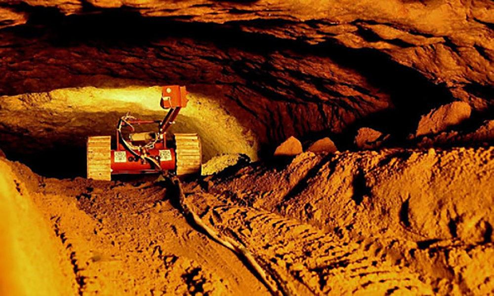A robot camera explores the tunnel:  theguardian.com .