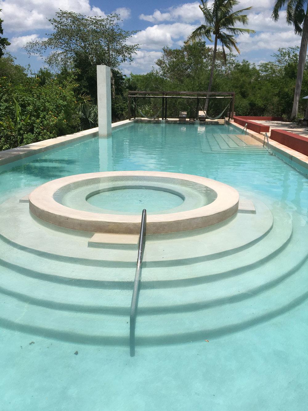 The iconic pool of Hacienda San José Cholul.