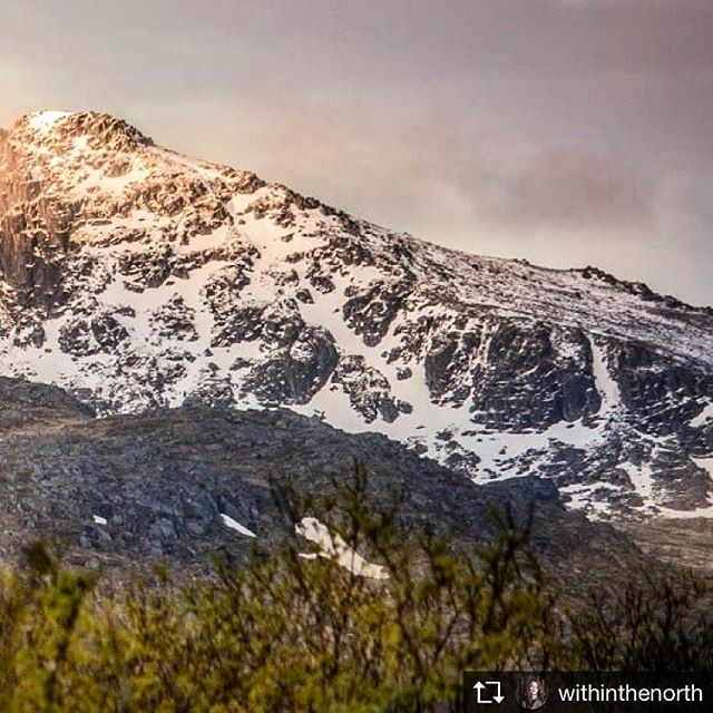 Imagine living under the midnight sun!  Image courtesy of @withinthenorth #followthevikings #midnightsun #lofoten #lofoten #vikings #summernights #simmerdim #landofthevikings #visitnorway