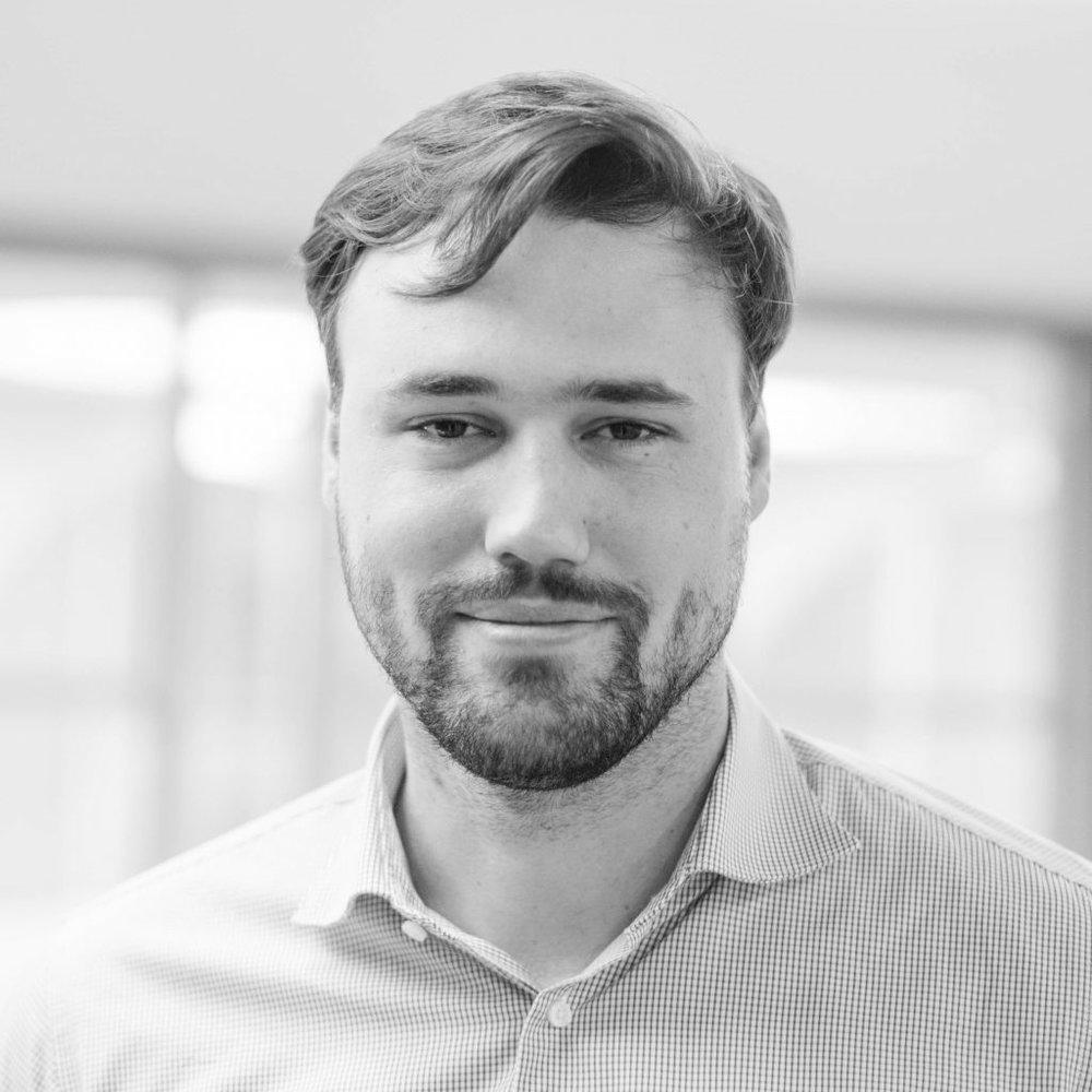 Patrick Grabe  r   Meetup-Bouncer   LinkedIn  -  Twitter