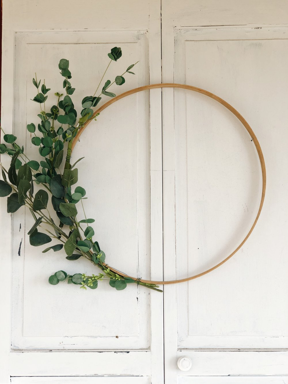 simple greenery wreath