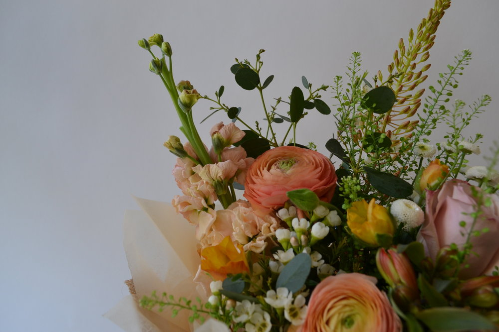 floom_plantology_Fountain_Park_Ranunculus_Waxflower_Stocks_3.JPG