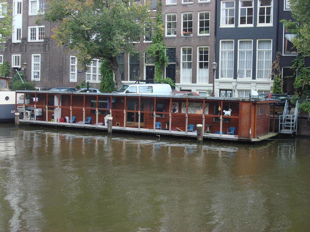 Poezenboot_Amsterdam_1