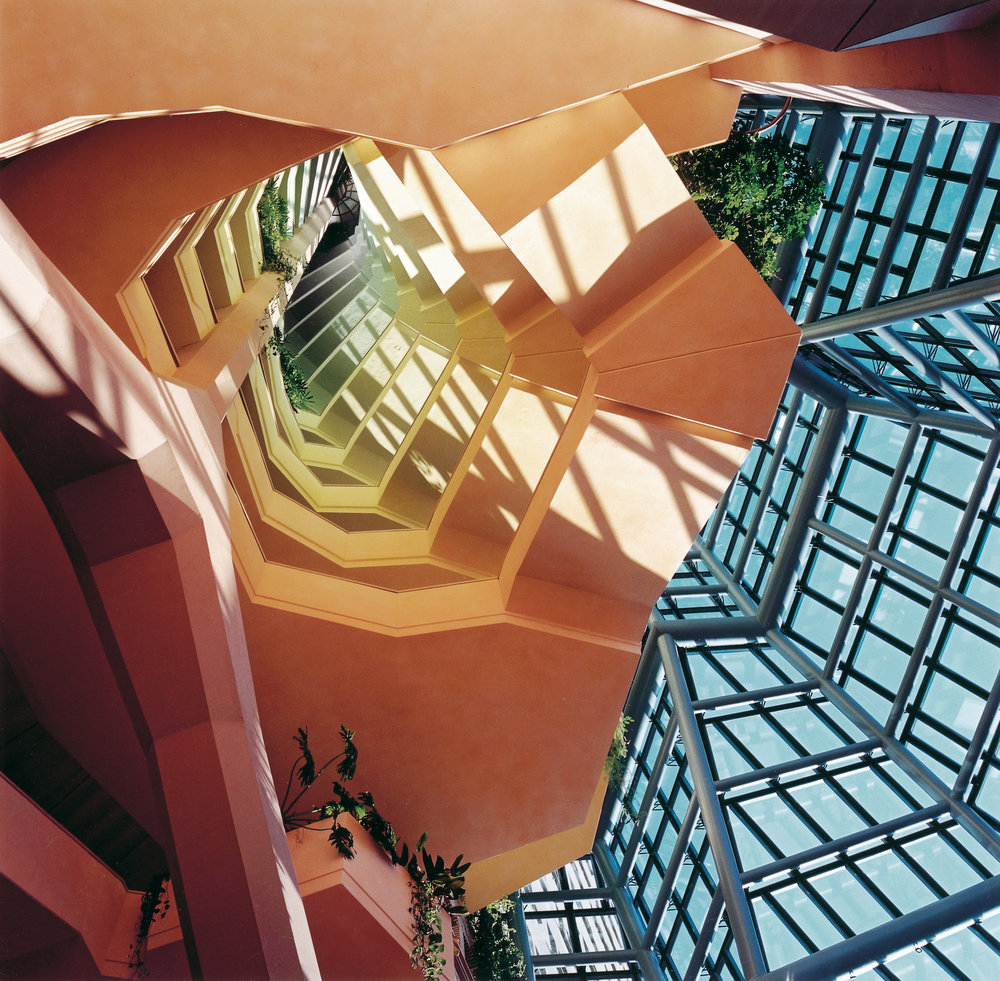 Central staircase, Head Office Gasunie, Groningen, Netherlands, Alberts & Van Huut 1994
