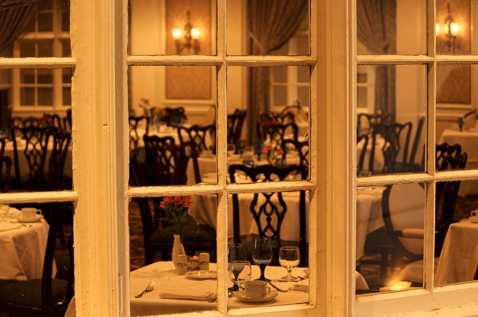 dining-room-103464_960_720.jpg