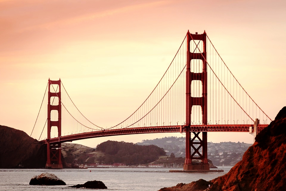 golden-gate-bridge-388917_960_720.jpg