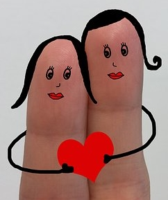 fingers-2010107__340.jpg