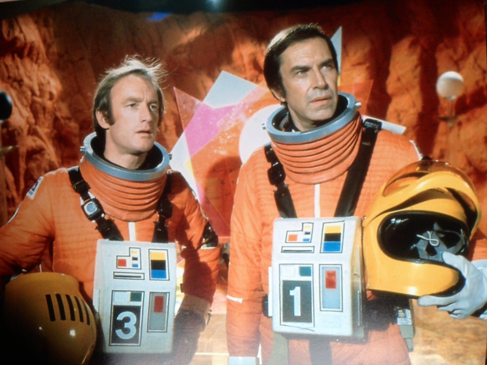 space1999_01.png