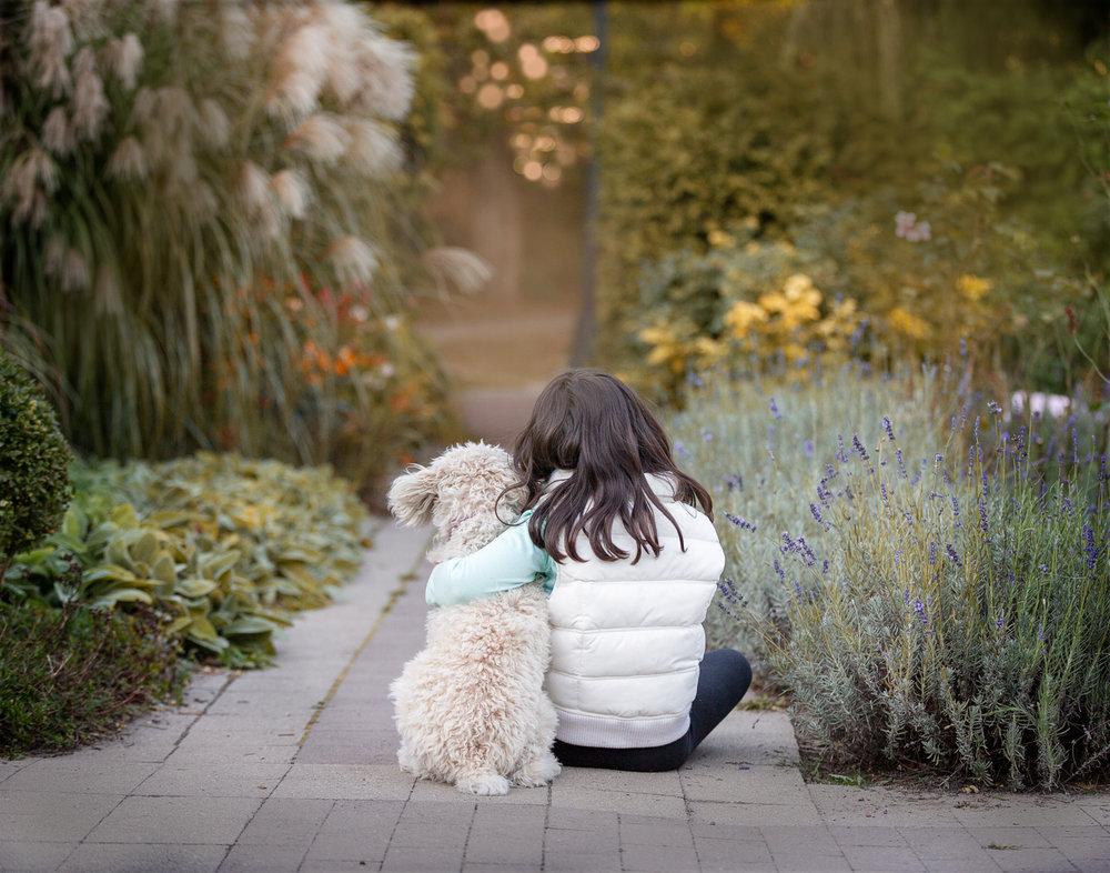 Girl-hugging-dog-Toronto-Dog-Photographer